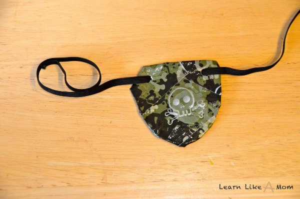 Duct Tape Pirate Eye Patch! - Learn Like A Mom!