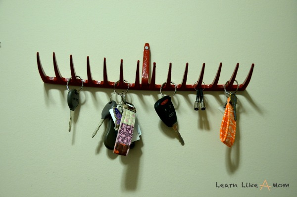 DIY Rake Head Key Holder! Learn Like A Mom! http://learnlikeamom.com/two-rake-head-holders/