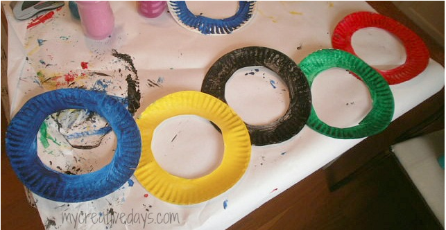 The Olympics, Oh Link Picks #3 Gold Medal post! - My Creative Days on The MaMade Diaries featuered on Learn Like A Mom! http://mamadecreations.com/olympic-rings-craft/ #olympics #crafts #kids #ece